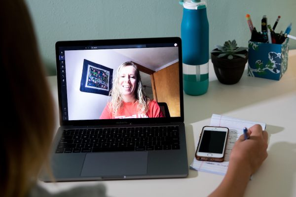 Student advisor Becky Smith on screen connecting with student